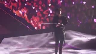 کای exo ، اجرای Artificial love + دنس با چشم بند & لی !! ❤  کار از آب قند گذشته ...الفاااااتح !!!
