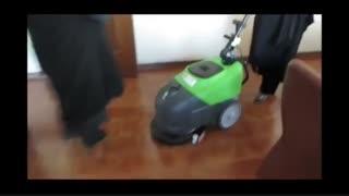 نظافت و شستشو کف ادارات با دستگاه های پیشرفته زمین شوی-اسکرابر