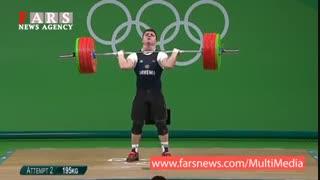 لحظه شکستن دست وزنهبردار ارمنستانی