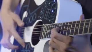 اولین میدی کنترلر برای گیتار آکوستیک