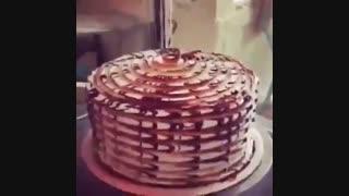 تزئین کیک با  قاشق  چنگال  چاقو